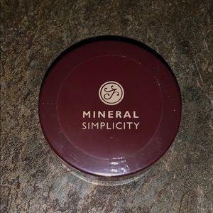 Mineral Simplicity Mineral Veil Finishing Powder
